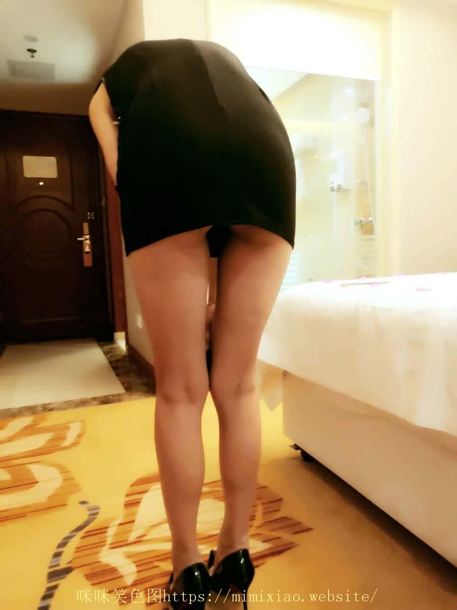 长腿女友第一次在镜头下表现
