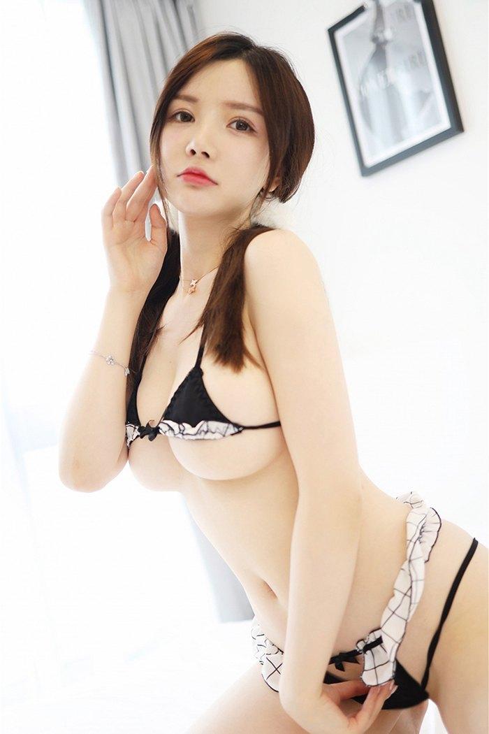 甜美人妻胴体诱惑[23P]