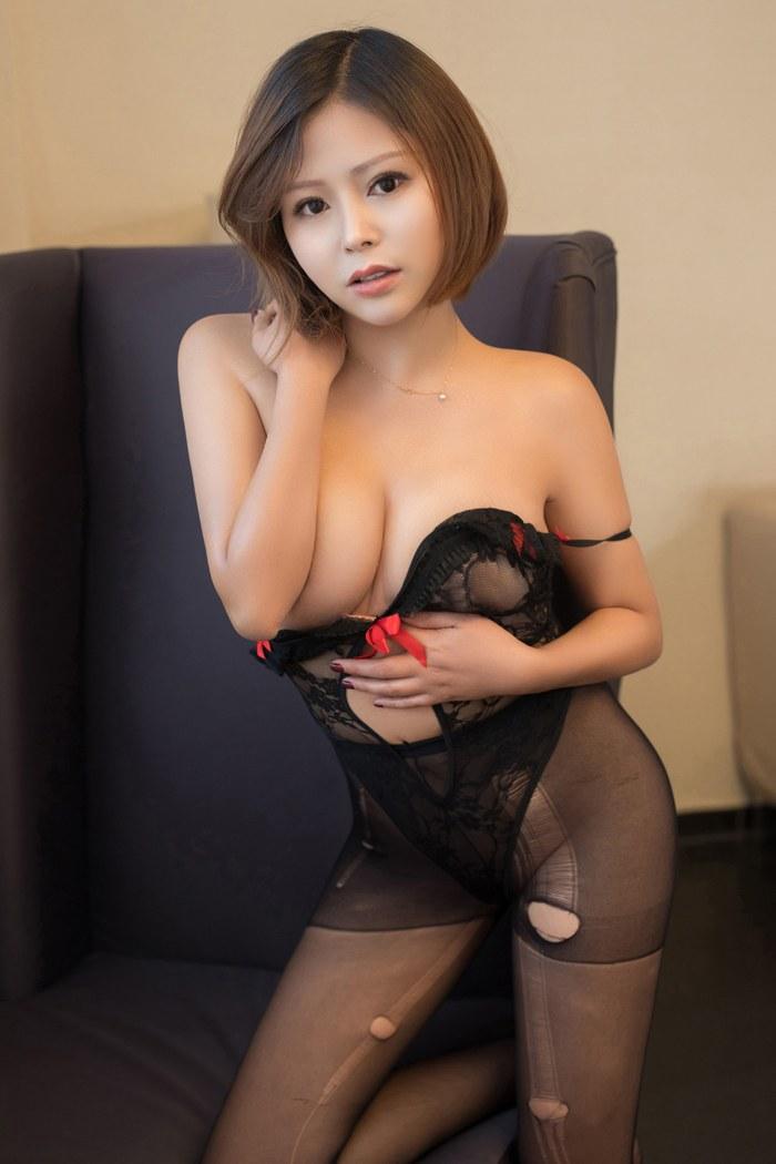 吸精人妻黑丝白纱 [39P]