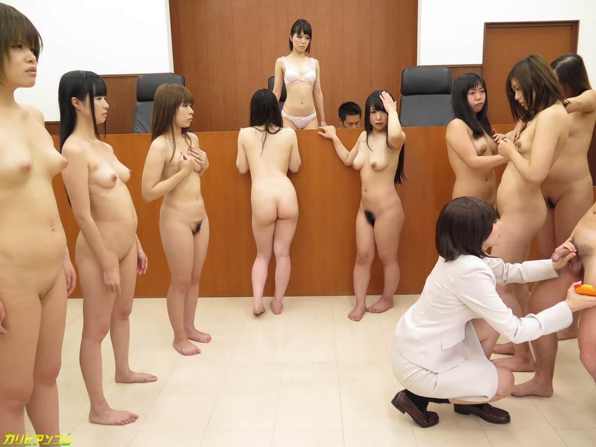 法官和女律师们在法庭上的群P淫乱